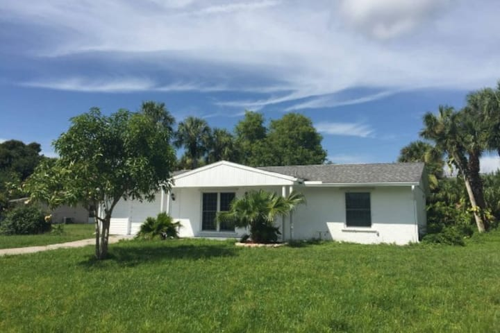 Nice Vacation Rental in Port Charlotte