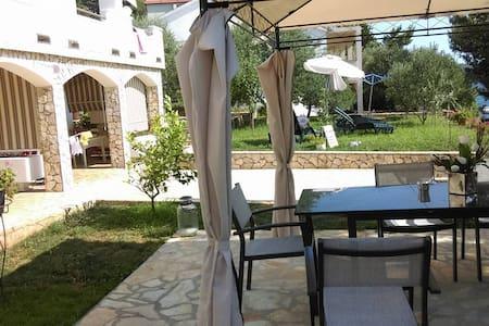 Relaxing and cozy apartment 2 - Stara Novalja - Apartment