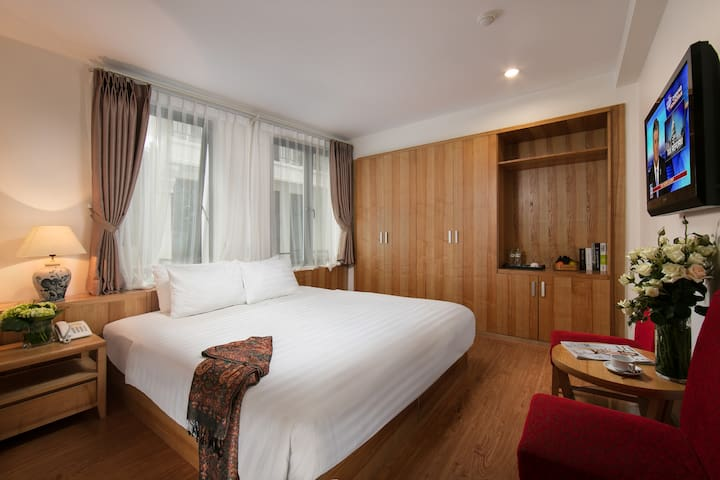 DCW - 3 star hotel in most central Hanoi
