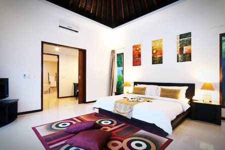 Pleasant 1BR poolside room in Lombok - Batu Layar - Вилла