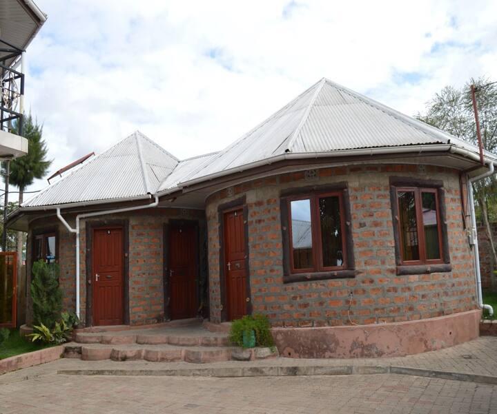 Makeseni African Lodge