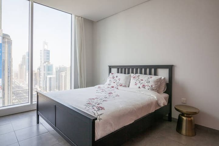 Stunning room with view in the heart of Dubai