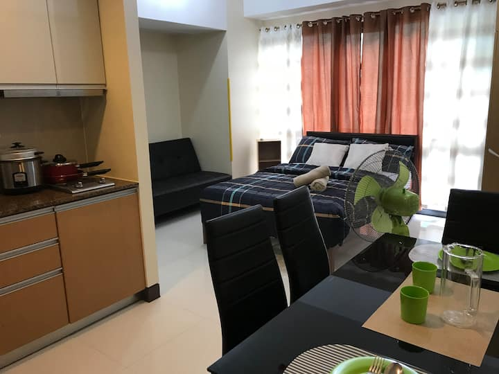 Viceroy McKinley Hill Fully Furnished Corner Unit