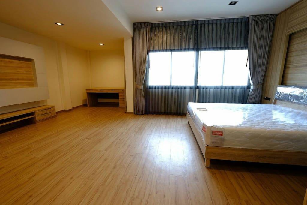 ห้องนอน  Deluxe Duplex Room