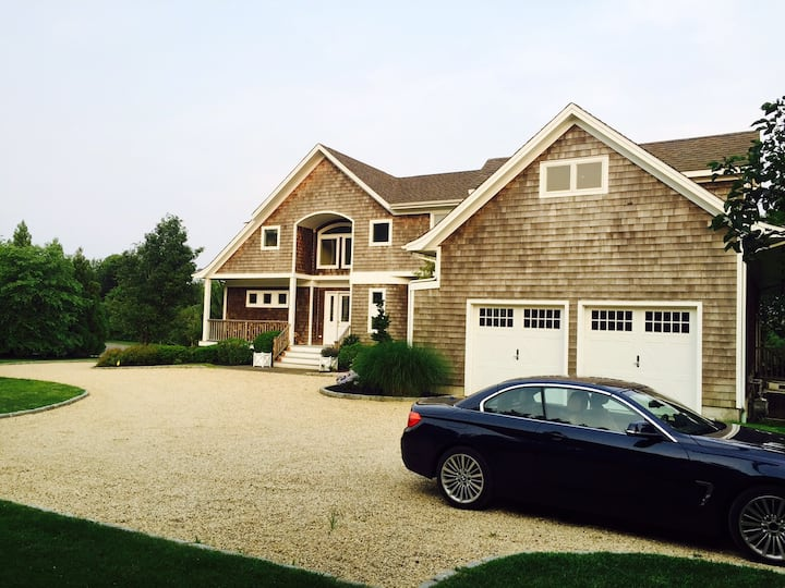 5 Bedroom Bridgehampton House with Pool and Lake
