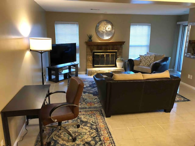 Spacious 2 bedroom 2 bath condo