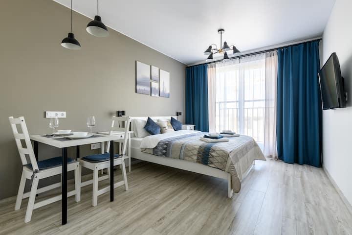 Уютная студия VALO Apartments White