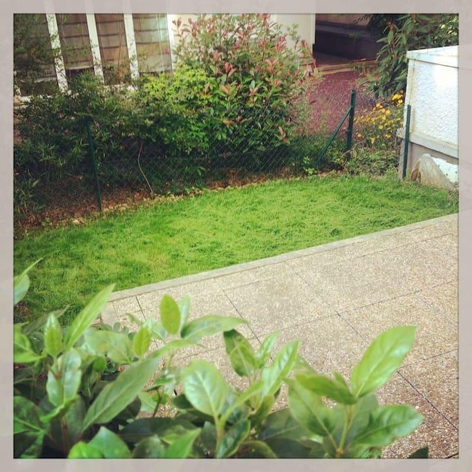 27m2 privatif avec terrasse et jardin apartments for rent in asni res sur seine le de - Abri jardin inferieur a m asnieres sur seine ...