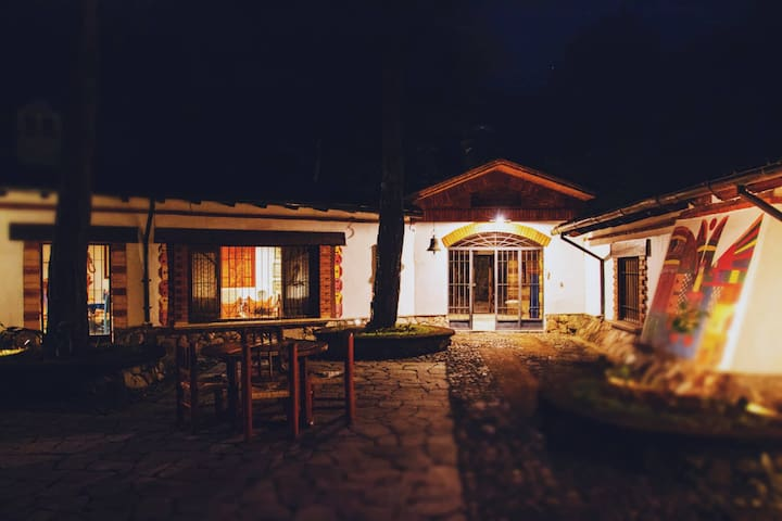 Master Suite l Las Piñuelas Adobe Mountain Villa