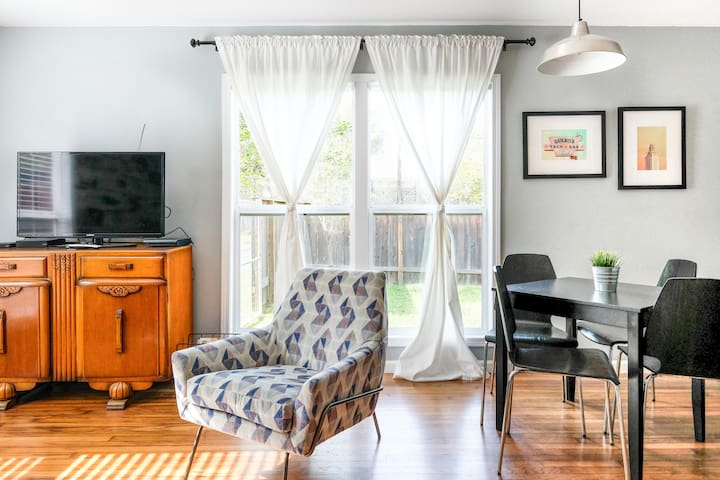Enjoy Austin from a Fun Duplex with Quirky Decor