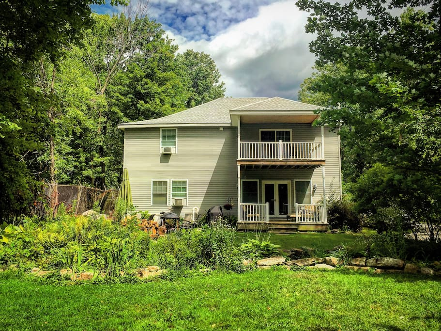 bemus point guys - entire home/apt for $150 private bemus point cabin a beautiful cabin set way off the road surrounded by trees and all the amenities you could want.