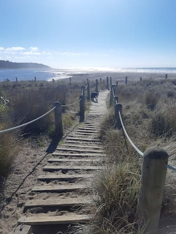 Riversdale Beach Village - Walkers retreat!