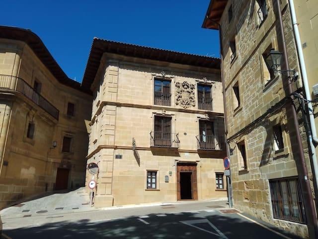 Apartamento en palacio del SXVIII en Labastida