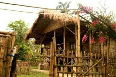 La maison de Ananda(Bamboo cottage-family/Couple)