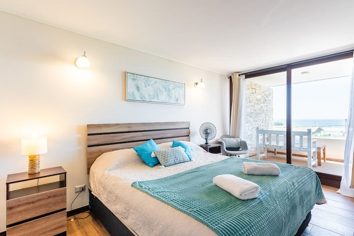 Ocean Drive- 1BR, With Wifi, Parking & Beachfront
