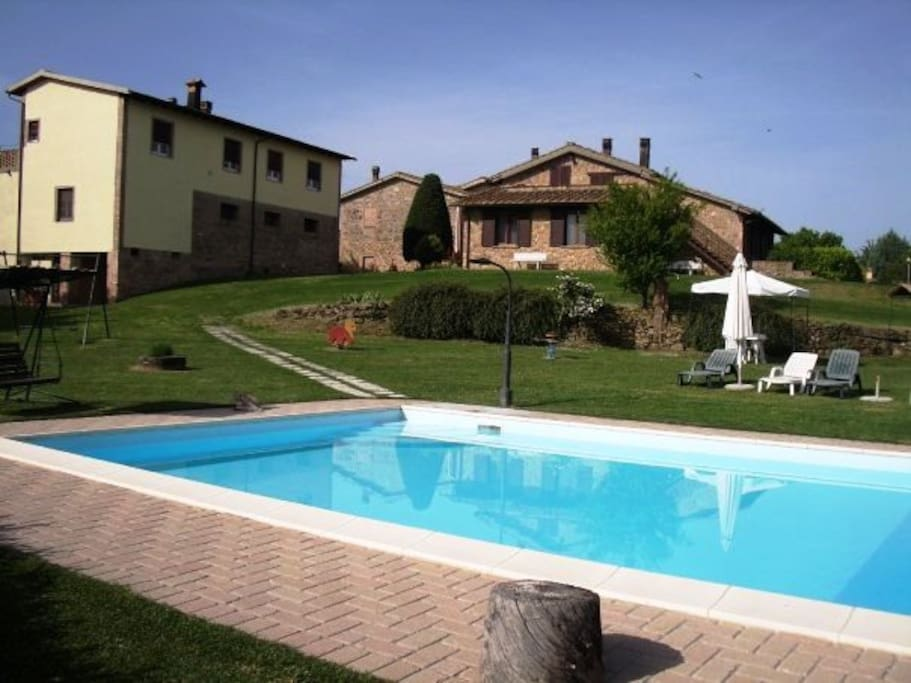 Farmhouse Wine Pool Apartments Apartments For Rent In