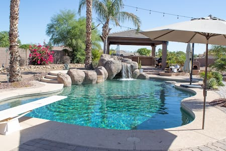 Casita with Pool/HotTub Near Spring Training, NFL
