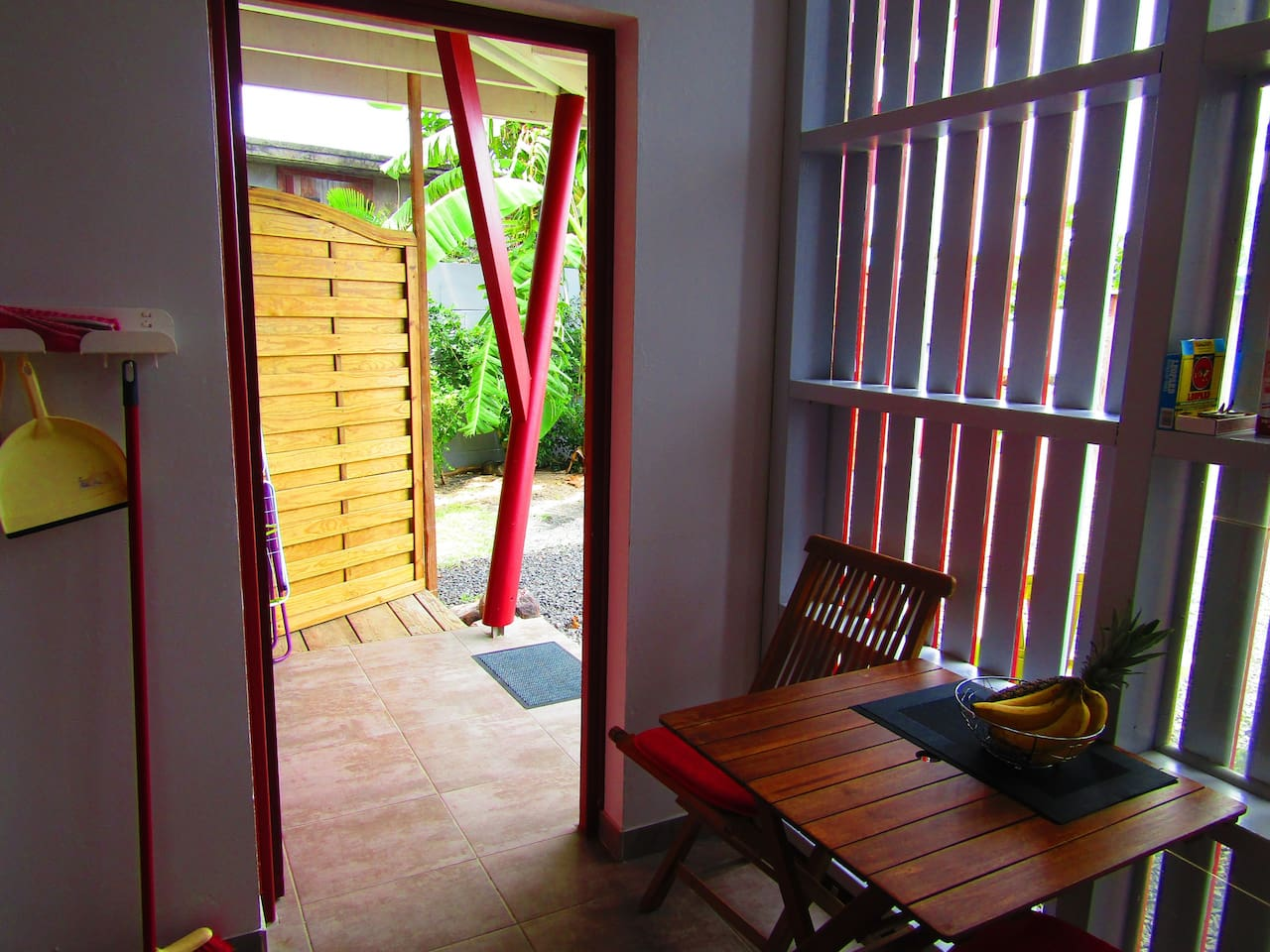 KATALO Studio close to the sea - Apartments for Rent in Deshaies ...