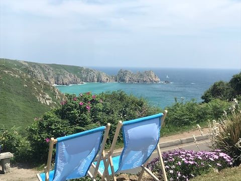 2 bed sleeps 4 apartment, Porthcurno, Cornwall