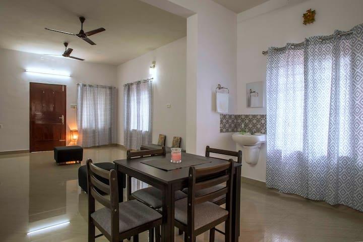 Budget service apartments in Vytilla . Cochin