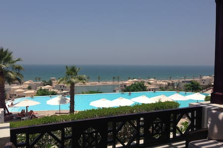 Ras Al-Khaimah: on the beach, peace, tranquility - Ras Al-Khaimah