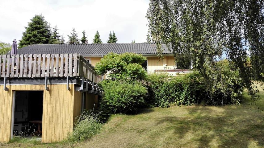 Hyggeligt sommerhus i Nyrup