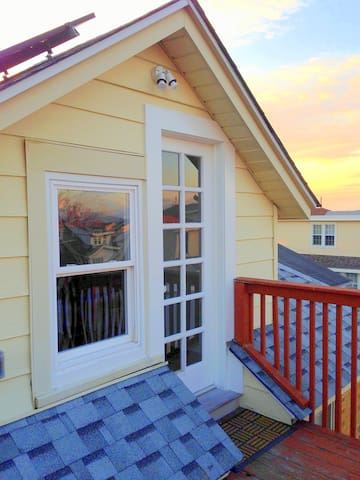 Adorable Attic Apartment - Wildwood Crest - Apartment