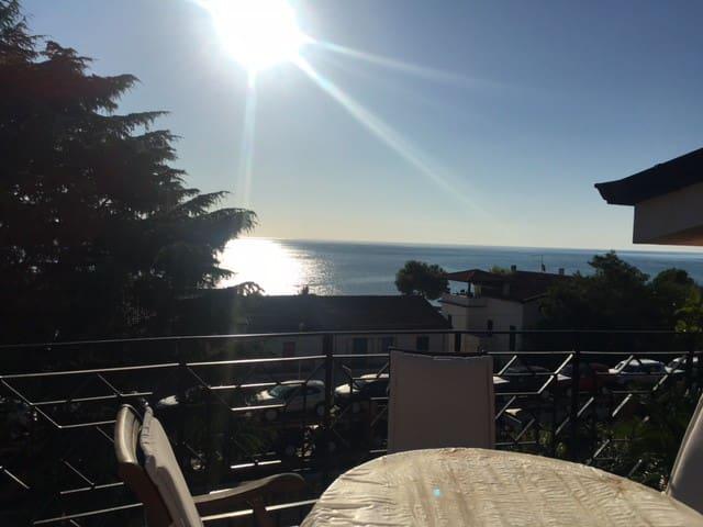 Appartamento estivo marina di Montegiordano