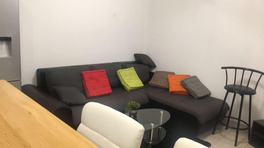 Chambre privé ( salon )