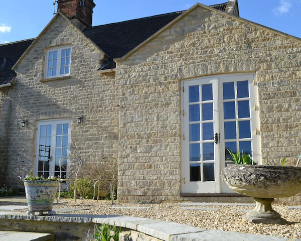 Cottage in Quenington, in the Cotswolds - Quenington - Inap sarapan