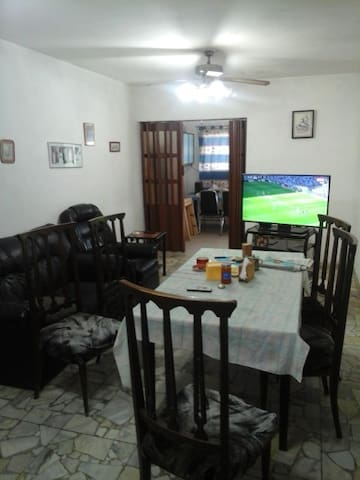 ESPACIO COMODO Y SEGURO PARA VOS - Godoy Cruz - House