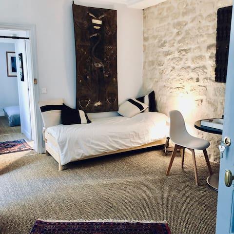 Charming apartment near the Champs Elysées