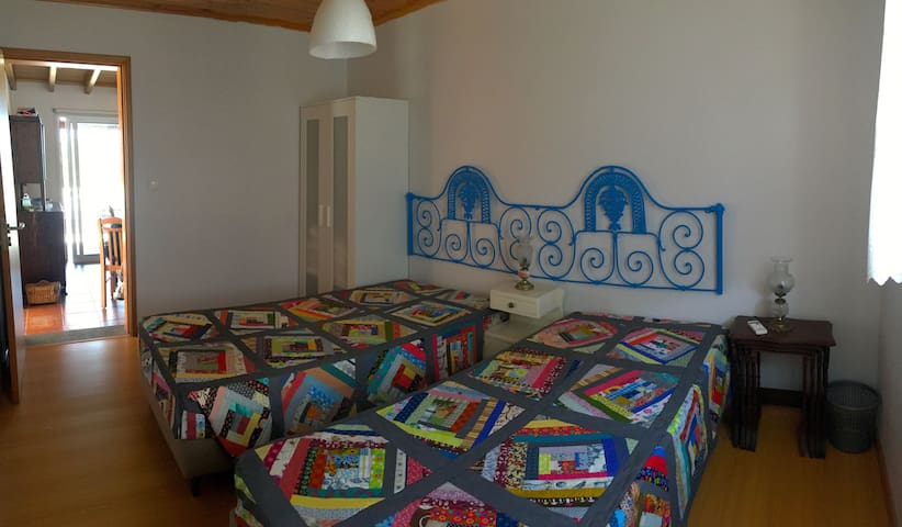 Azorean Cottage - Quarto 2