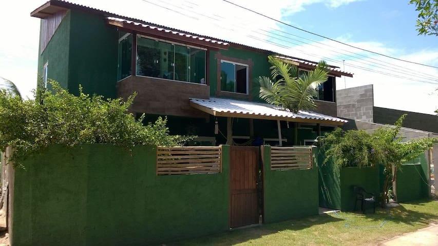 Casa aconchegante 150 mts da praia campeche rififi