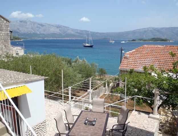 Lumbarda Cozy Seaside Villa - Лумбарде - Дом
