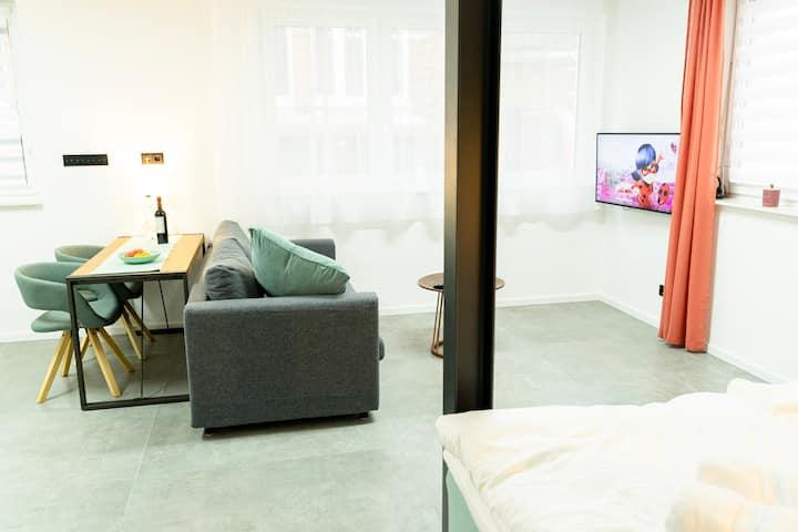 TOP LAGE hochwertiges Studio Apartment HBF ZOO