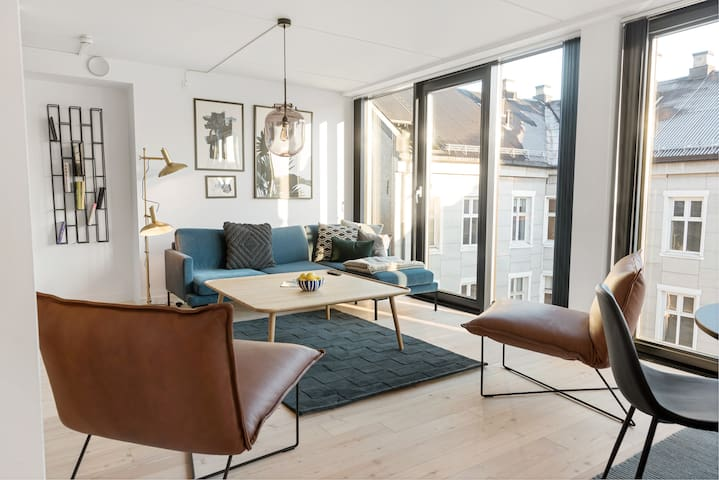 New and stylish 2-bdr in trendy Grünerløkka