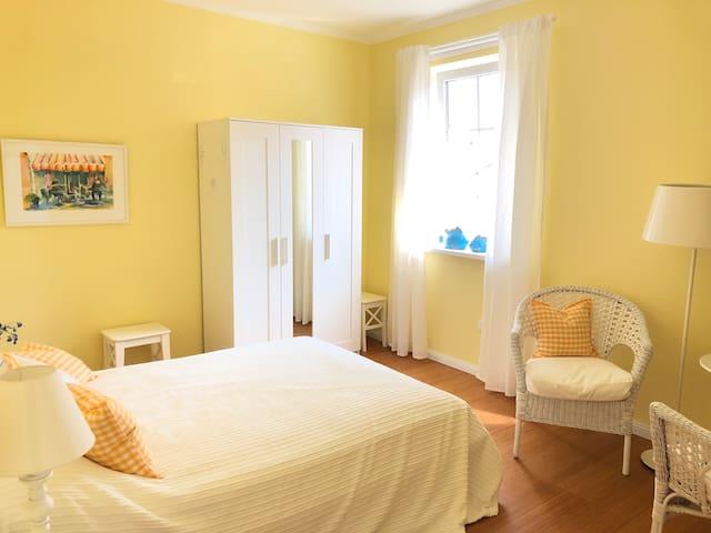 Gästezimmer 2, Bed & Kitchen Goldene Krone Thurnau