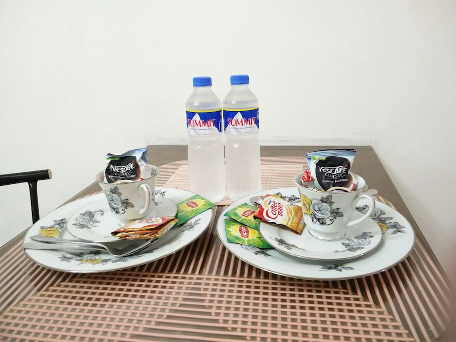 Complimentary coffee + tea + bottled water... =)