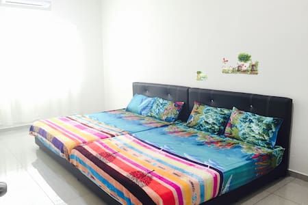 Ipoh Spacious Homestay 12-15pax - Ipoh - Hus