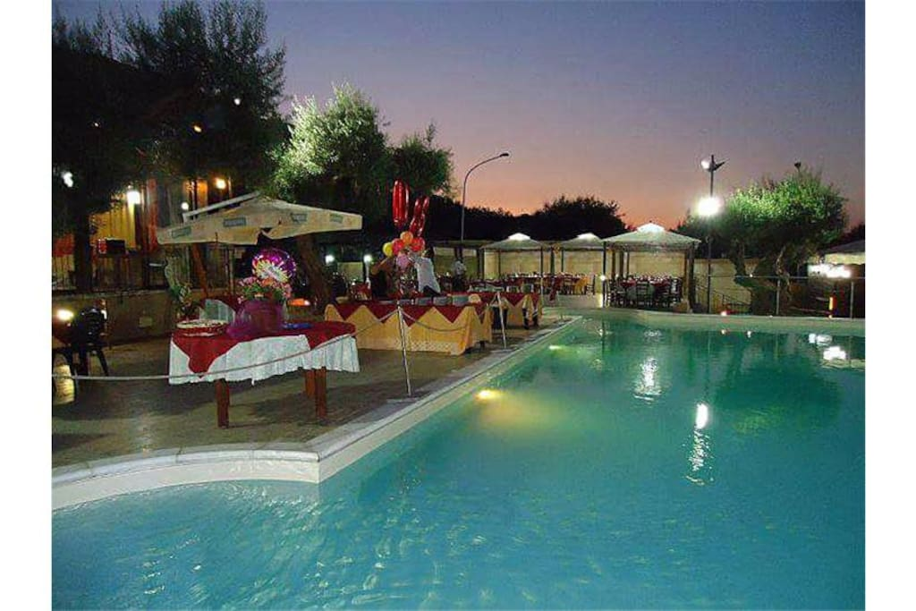 our pool with sunset la nostra piscina al tramonto