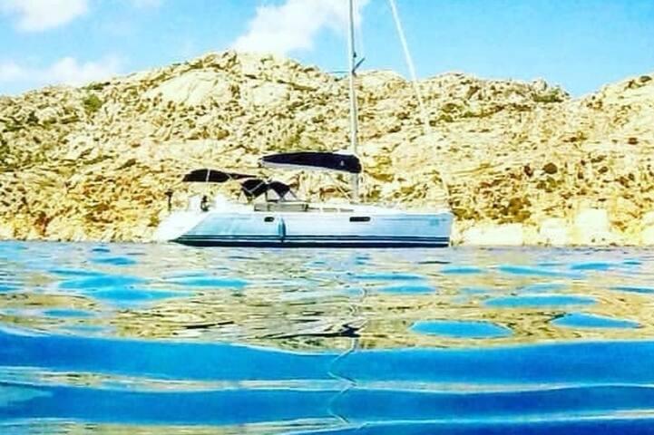 Splendida barca a vela di 15 mt  ad uso esclusivo.