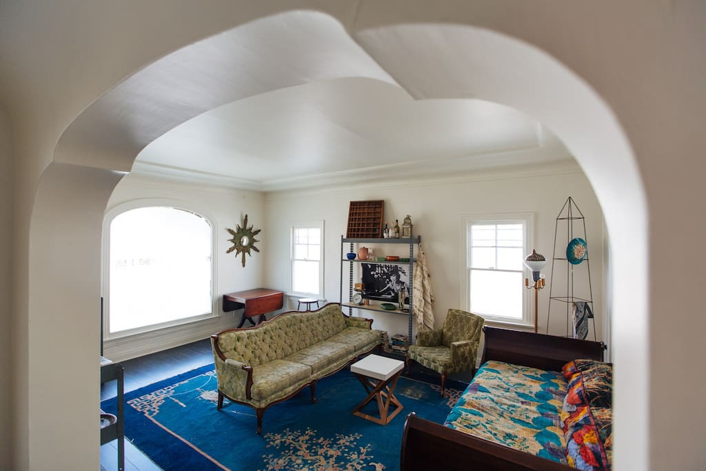 Living room to share