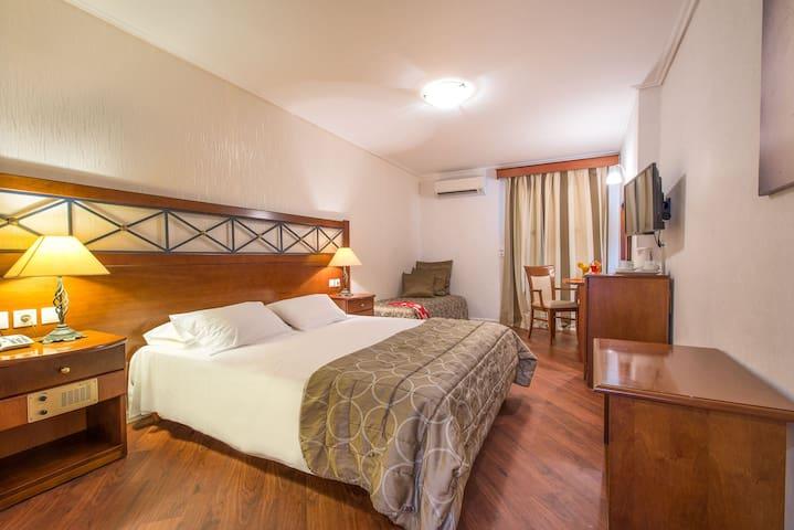 Diana Hotel / Superior Room