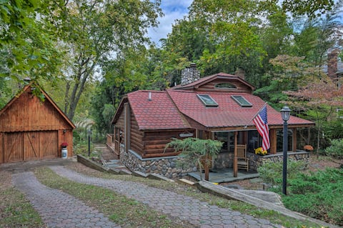 Secluded Long Island Lakefront Cabin w/Deck+Grill!