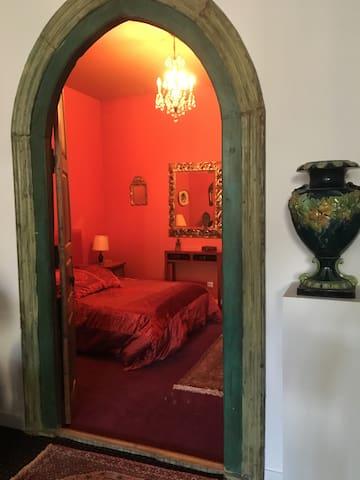 Chambre rouge - lit 160