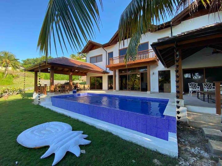 Villa romántica y familiar Puerto Bahía Samaná