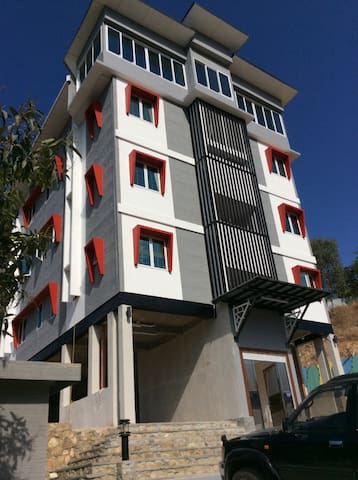 Ensisi Lodge-Strategic&Secure PentH - Port Moresby  - Apartment
