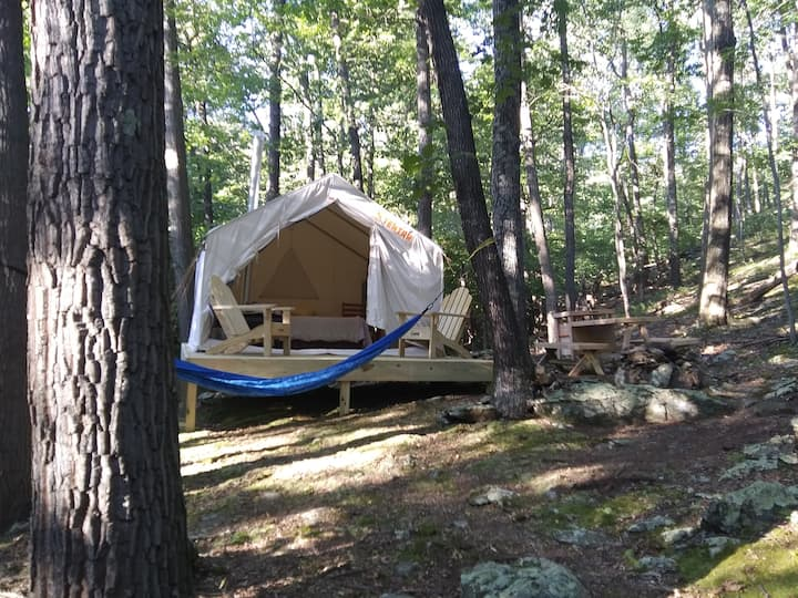 Tentrr Signature Site - Mountain Hideaway