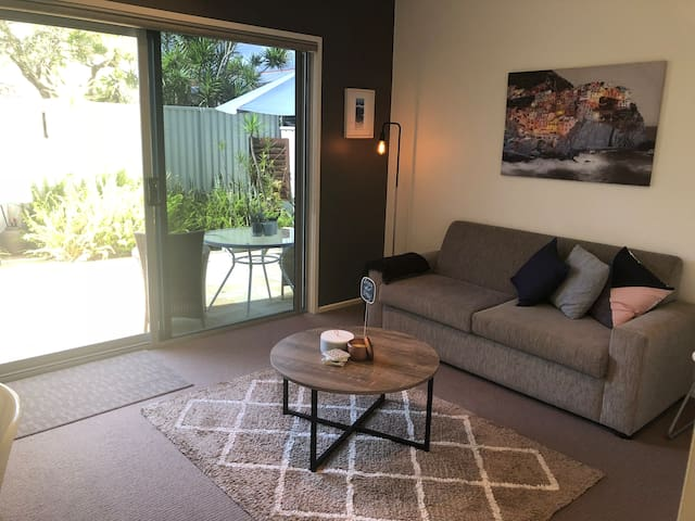 Beach Living in Burleigh Heads Your Private Space